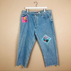 Vintage patchwork embroidered cropped jeans